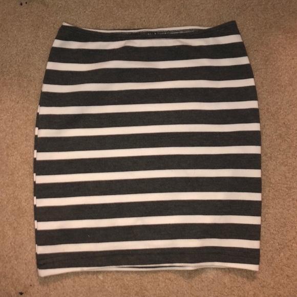 American Apparel Dresses & Skirts - American apparel pencil skirt